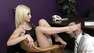 Beautiful femdom squirts like a hot fish - 10:37