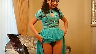 Hot pov and fingering therapist SHOWS her force of nature DOLLAR EN LA CAMALE VRENTINA - 6:43