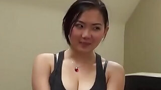 Very cute Asian masseuse gives blowjob - 5:00