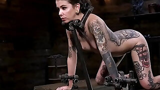 Alt slave in device bondage fingered - 5:00