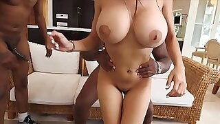 Busty ebony Anita Noir sucks off a monster ball - 7:00